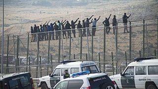 Libye : plus de 350 migrants sur une embarcation interceptée par les gardes-côtes (marine)