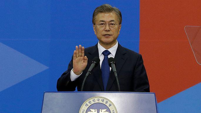 Mavi Saray'ı halka açacak Yeni Güney Kore Başkanı Moon görevine başladı