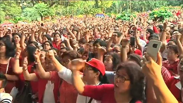 مظاهرات في اندونيسيا تنديدا بإدانة حاكم جاكرتا المسيحي