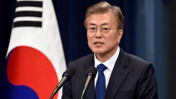 الرئيس الكوري الجنوبي الجديد مون جاي يؤدي اليمين الدستورية