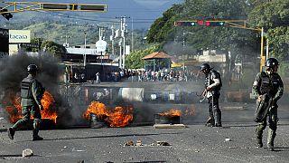 Венесуельська опозиція скликає активістів на масовий мітинг