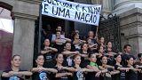 البرازيل: الفنانون على خشبة المسرح لشجب التخفيضات في  الميزانية.