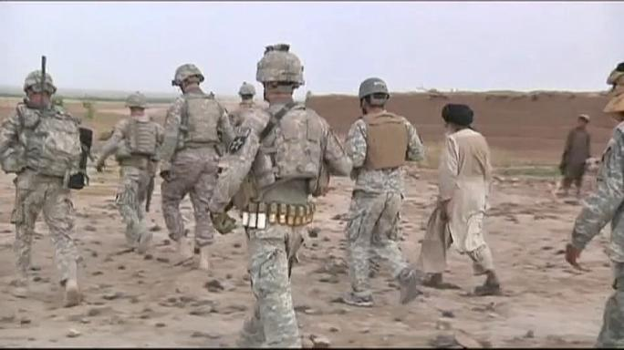 الناتو ينظر في إمكانية إرسال آلاف العسكريين إلى أفغانستان