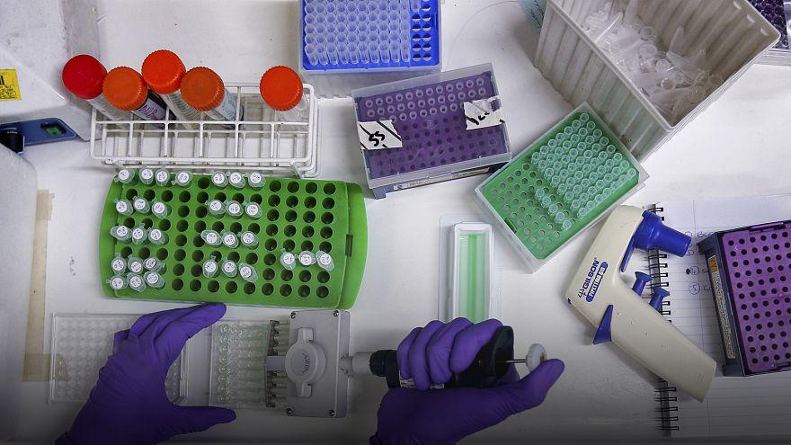 Tíz évvel nőtt a fiatal HIV-pozitív betegek várható élettartama