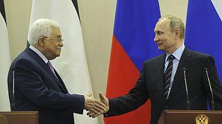 Vladímir Putin recibe a Mahmud Abás en Sochi