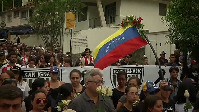 Marcha en Caracas por la última víctima de la represión policial de las protestas antigubernamentales