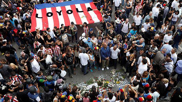 Venezuela, manifestazione silenziosa in ricordo di Miguel Castillo, vittima numero 39 degli scontri a Caracas.