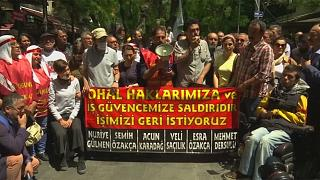 Состояние голодающих турецких учителей достигло критической черты