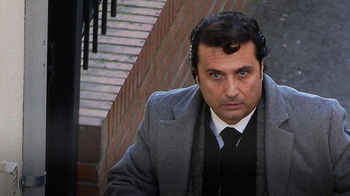 Comandante do Costa Concordia condenado a 16 anos
