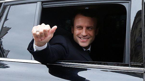 Macron autója most a nagy talány Franciaországban