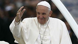 رهبر کاتولیکهای جهان به شهر فاطیما در پرتغال رفت