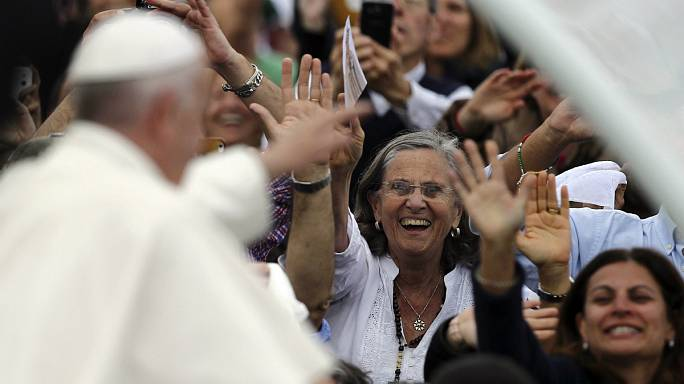 Centenário das Aparições de Fátima: Campismo improvisado junto à Santíssima Trindade