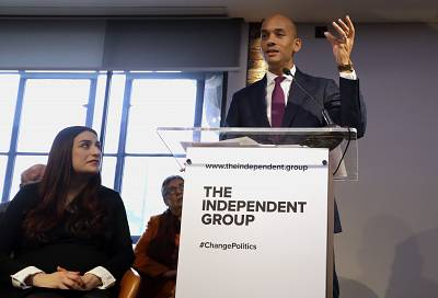 British lawmakers Luciana Berger (left) and Chaka Umunna (right) during Monday\'s press conference in London.