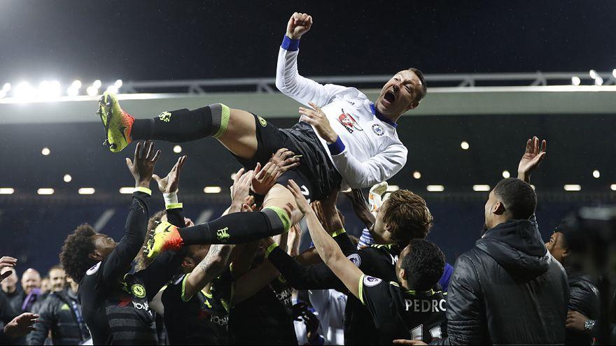 Chelsea clinch Premier League title