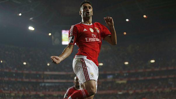Benfica festeja tetra com mão cheia