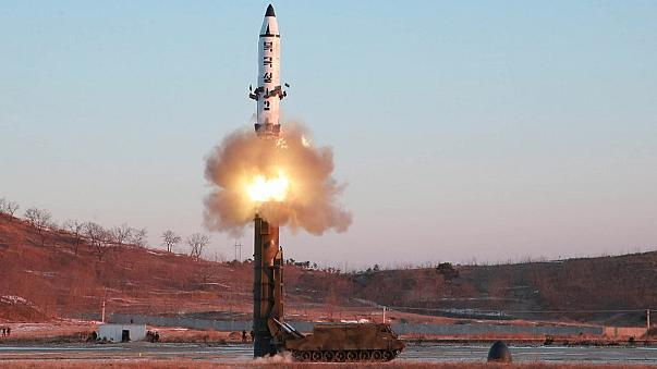 La Corée du Nord procède à un nouveau tir de missile balistique