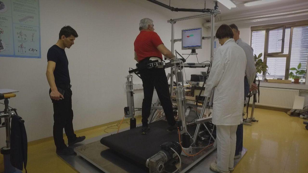 Des robots pour retrouver l'équilibre après un AVC