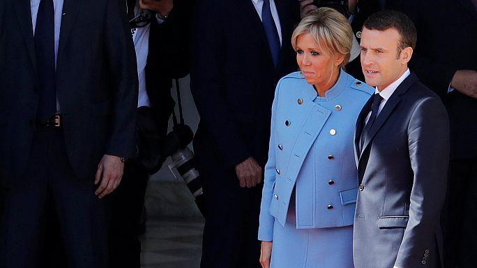 Emmanuel e Brigitte Macron, a França volta a ter primeira-dama no Eliseu