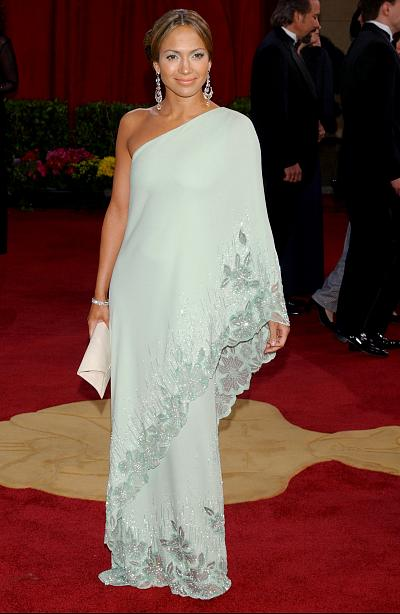 Jennifer Lopez looking elegant in a caftan in 2003.