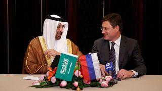 Petróleo: Rússia e Arábia Saudita chegam a acordo para manter controlo de produção