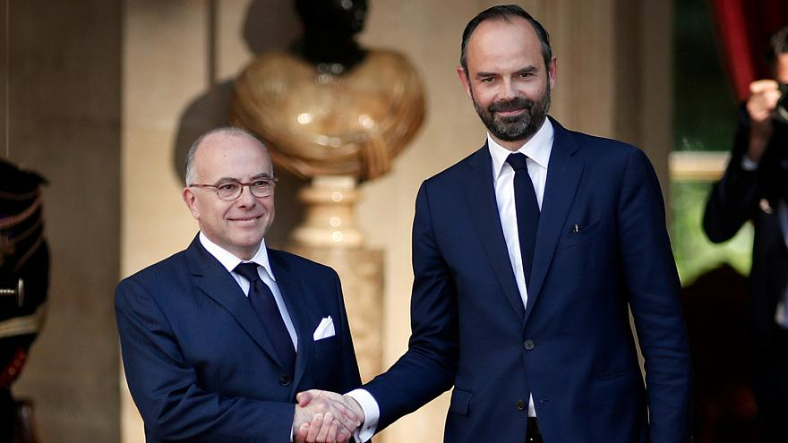 In conciliatory move Macron appoints opposition member Édouard Philippe PM