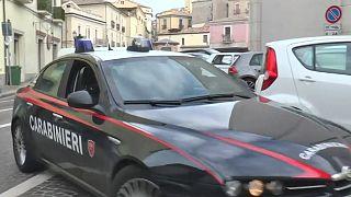 İtalya'da göçmen kampı yönetimine sızan mafya üyelerine operasyon