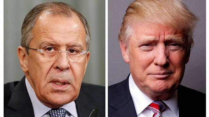 """ترامب: لدي الحق """"المطلق"""" في مشاركة معلومات تتعلق """"بالارهاب"""" مع موسكو"""