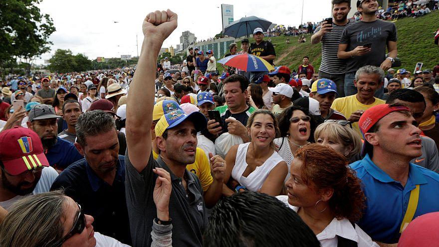 Venezuela : un sit-in géant contre Maduro au 45e jour de manifestations