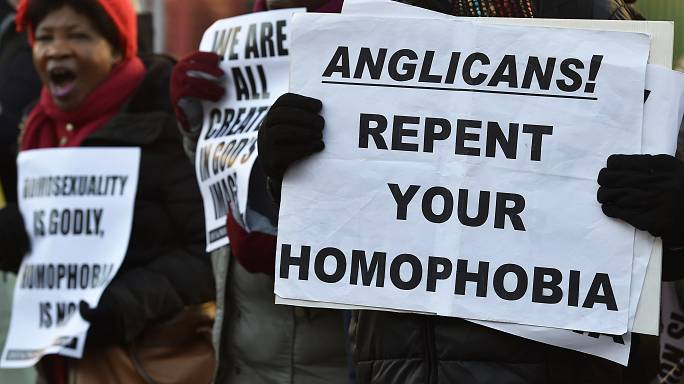 Gay marriage question threatens to break up Church of England