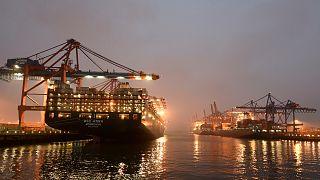 Торговые сделки ЕС подлежат одобрению его членов