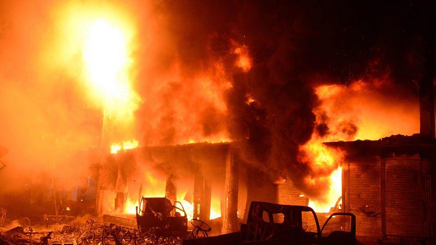 Image: The scene of a fire in Dhaka, Bangladesh