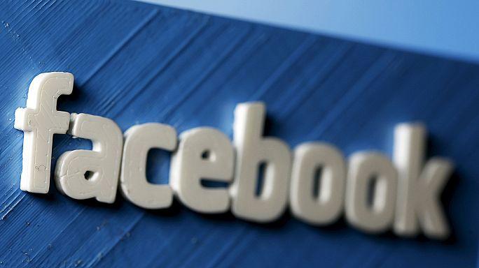 Megbüntették a Facebook-ot Franciaországban