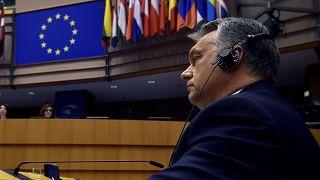 """""""Breves de Bruxelas"""": PE debate sanções contra a Hungria"""