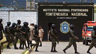 Honduras verlegt Häftlinge