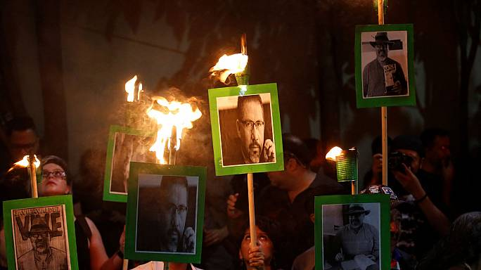 Journalists in Mexico protest after Javier Valdez murder