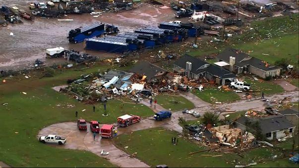 Tornados matam nos EUA