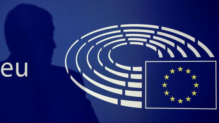 Európai Parlament: jöhet a 7. cikkely Magyarországgal szemben