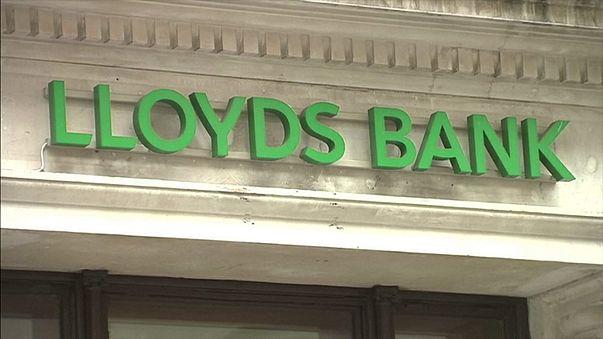 A brit kormány megvált minden Lloyds-részvényétől