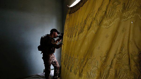 Mossoul : l'État islamique bloqué dans un réduit