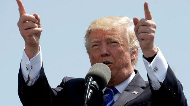 آمریکا تعلیق تحریم ها را تمدید و همزمان دو مقام ایرانی را تحریم کرد