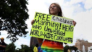 Wikileaks'e gizli belgeleri sızdıran eski Amerikan askeri Manning tahliye oldu