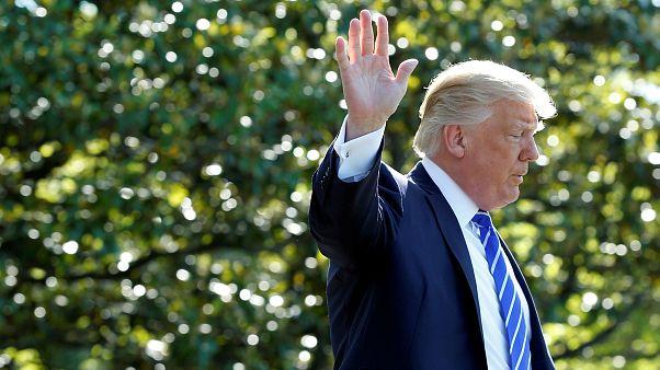 Trump folyamatosan magyarázkodni kényszerül