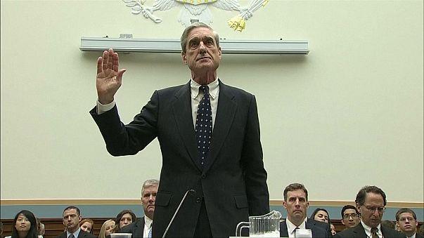 """Дело о """"вмешательстве России"""" в выборы президента США доверили экс-главе ФБР"""