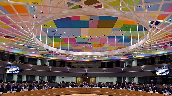 UE reforça cooperação na defesa seguindo exigência da NATO