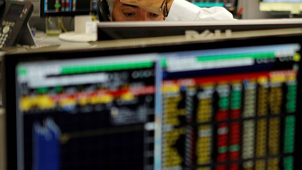Bolsa brasileira derrapa devido a escândalo político
