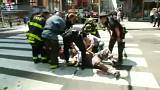 Un vehículo arrolla a varios peatones en Times Square, en Nueva York. Al menos trece heridos