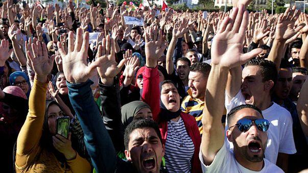 تواصل الاحتجاجات في الحسيمة