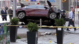 New York: Autofahrer rast in Menschenmenge