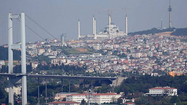 Κωνσταντινούπολη: Πέντε τραυματίες από την επίθεση που δέχθηκαν φίλαθλοι του Ολυμπιακού