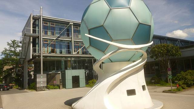 Bibiana Steinhaus erste Schiedsrichterin in Bundesliga